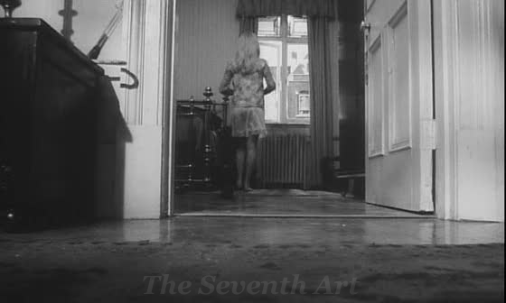 Repulsion movie review | The Seventh Art